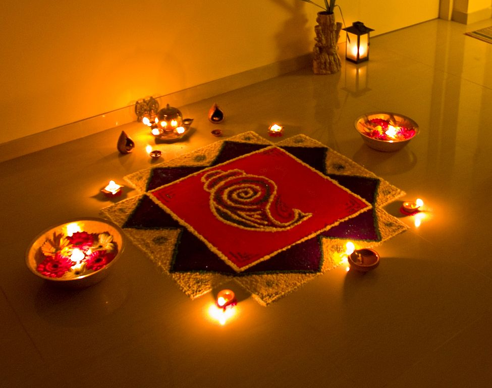 975px-The_Rangoli_of_Lights