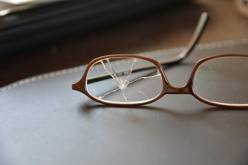 glasses-1611121_960_720